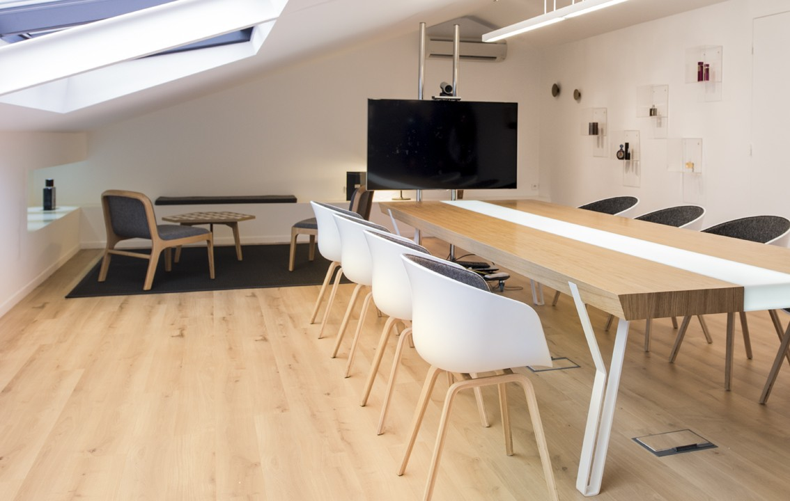 salles de r union 16 12 design curiosit s. Black Bedroom Furniture Sets. Home Design Ideas